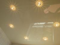 Натяжной потолок глянцевый светло-оливковый, фото 34