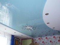 Натяжной потолок многоуровневый, глянцевый бело-голубой и матовый белый, фото 63