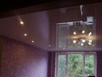 Глянцевый натяжной потолок в гостиной, фото 98