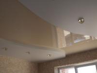 Натяжной потолок многоуровневый, глянцевый серо-бежевый и матовый белый, фото 47